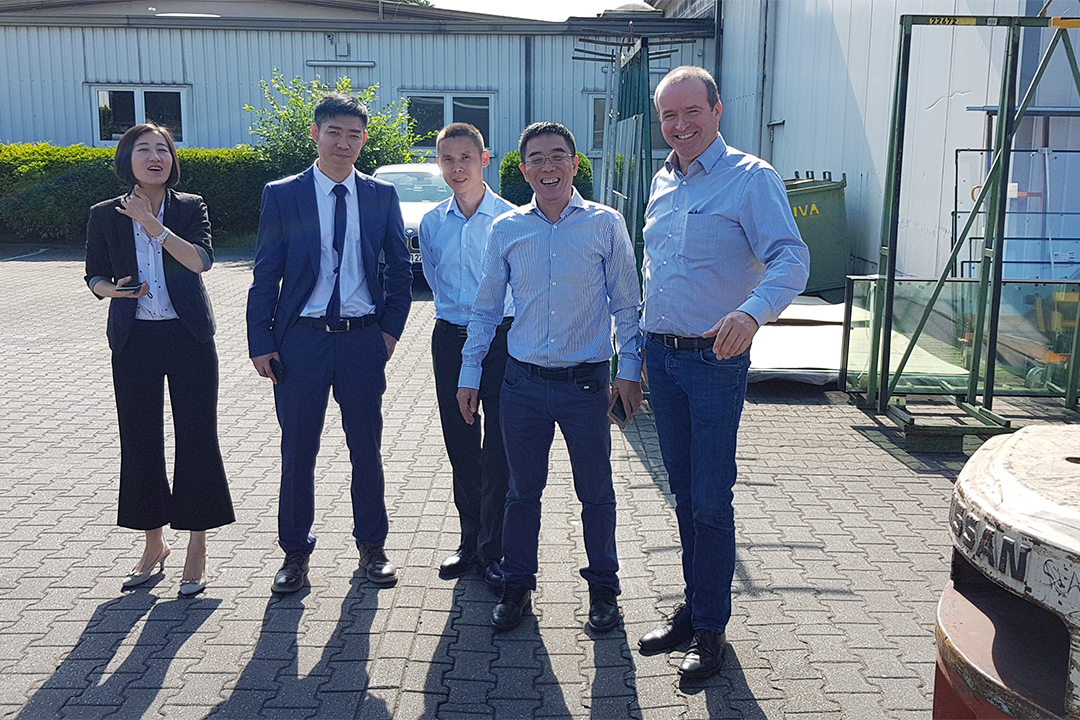 Managing Director, Manfred Tenkamp, (first on the right) presented his Company to the guests